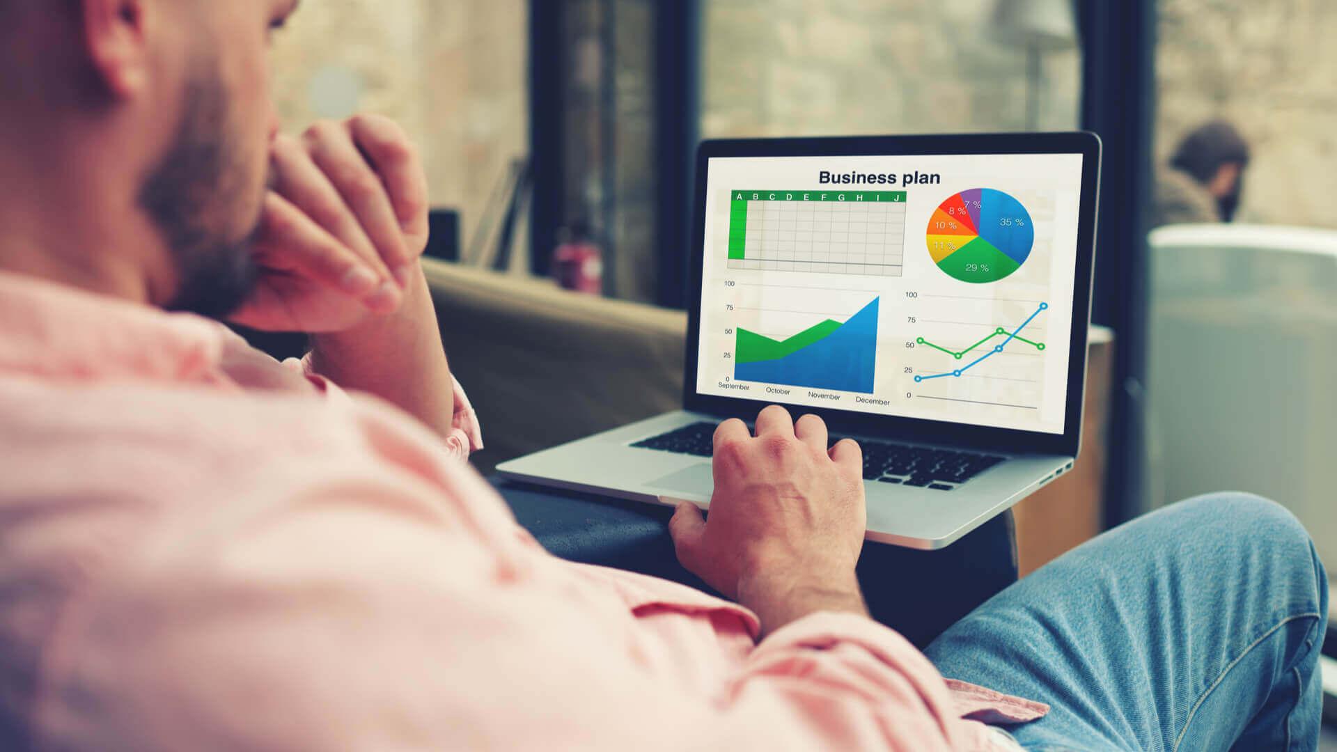 Plink analiza los datos de tu negocio